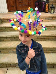 Musings of a Momsomniac: Wearing Many Hats...