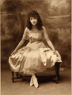 Mabel Normand.  My great grandmother's favorite actress.