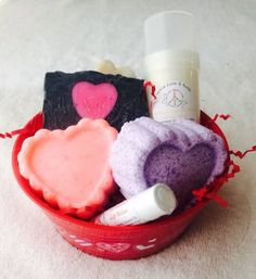 Medium Gift Basket full of all natural soaps, lotions, bath bombs, sugar scrub soaps, and lip balms. Customize-able! You get to choose the fragrances. Includes the following:  (1) Hard Lotion bar or stick of your choice w/ tin 2.5 oz  (1) Bath bomb of your choice 3 oz (1) Sugar Scrub Soap of ...
