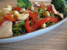 Pui cu caju si broccoli - Din secretele bucătăriei chinezești