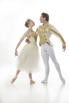 25 Ballet Books, Films, and Media To Binge On This Summer Adult Ballet Class, Ballet Boys, Male Ballet Dancers, Female Dancers, Nutcracker Costumes, Ballet Costumes, Dance Costumes, Ballerina Costume, Ballet Couple