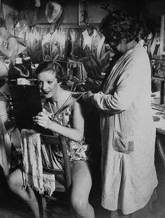 Brassaï+-+An+English+girl+in+her+dressing+room+at+the+Folies-Bergère,+1932