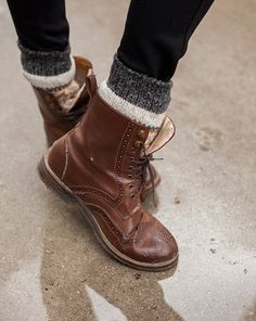 combat boots. I want some in this color