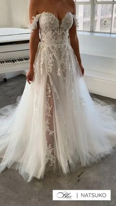 Wedding Dress Trends, Boho Wedding Dress, Dream Wedding Dresses, Bridal Dresses, Gown Wedding, Wedding Cakes, Wedding Ideas, Wedding Rings, Lace Bridal Gowns
