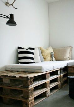 Cute idea for comfy seating outside on the patio:)