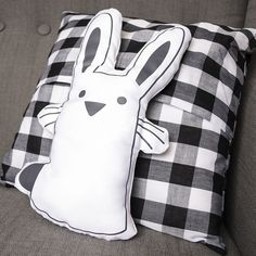 Silhouette America Blog | Easter Pillow Card made with Heat Transfer