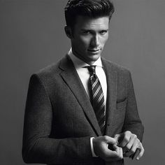 Scott Eastwood Is Swoon-Worthy in New Hugo Boss Campaign?See the Pic! | E! Online Mobile