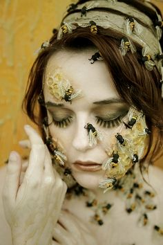 Austeja: Lithuanian Bee Goddess connected to deep friendship, order within the family unit, strong work ethic, hospitality, and the sun.---/The Bee's Reverie ≗ visitors
