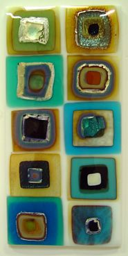 Vitrum Studios: A warm glass resource center Reactive glass Glass Wall Art, Fused Glass Art, Mosaic Glass, Stained Glass, Glass Jewelry, Glass Beads, Glass Fusion Ideas, Glass Fusing Projects, Kiln Formed Glass
