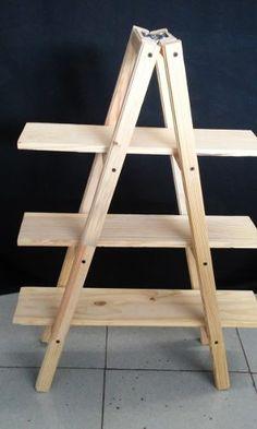 Escalera De Madera 1 De 1.50 Mts - $ 700.00 en Mercado Libre Diy Wooden Projects, Diy Furniture Projects, Woodworking Furniture, Home Decor Furniture, Wooden Diy, Wood Crafts, Woodworking Projects, Ladder Shelf Diy, Ladder Display