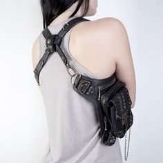 Classical and vintage style designer handbags on sale and cute mens leather bags provided by mickeyliao are the hottest vintage steampunk gothic style leather harness belt waist hip pack bag motorcycle bag item for designer laptop bags this year. Leather Bra, Leather Harness, Black Leather, Black Belt, Real Leather, Rock Vintage, Vintage Men, Vintage Gothic, Vintage Bags
