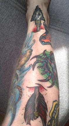 Neotraditional arrow by Yeti at Spider Tattoos; Harrow, London.