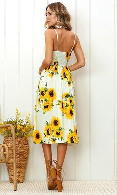 c86b2378d61e Angashion Women s Dresses-Summer Floral Bohemian Spaghetti Strap Button  Down Swing Midi Dress with Pockets Yellow L