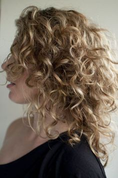 32 Effortless Hairstyles For Curly Hair (for Brief, Long & Shoulder Length Hair) | Daily Wedding Ideas
