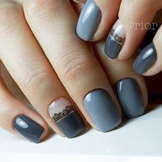 Most Popular Ways to Wear Grey Nails You Don't Know ❤ Grey Nails with Prints picture 3 ❤ Gray nail art designs are far fancier than you can imagine. So we have decided to treat you with a nice and trendy portion of grey nail art to get inspired with. https://naildesignsjournal.com/grey-nails-designs/  #nails #nailart #naildesign #greynails
