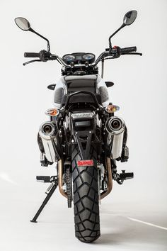 Every application of this 660 motor is complemented with twin exhaust cans, including the Jawa Jawa 350, Classic Bikes, Retro, Bikers, Vehicles, Twin, Vintage, Design, Motorbikes