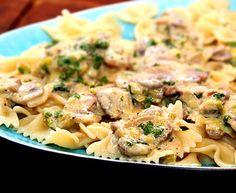 Krämig pasta med champinjoner och vitlök Pasta Recipes, Pasta Salad, Food And Drink, Eat, Ethnic Recipes, Rice, Beautiful, Crab Pasta Salad, Cold Noodle Salads