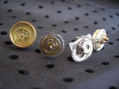 Steampunk Ear Studs  •  Free tutorial with pictures on how to make a pair of hardware earrings in under 120 minutes