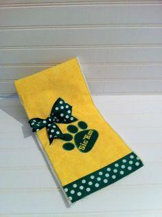 Baylor Burp Cloth Sic'em by MerryLittleDesigns on Etsy, $14.95