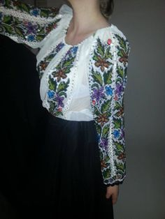 Soon on www.romanianlabel.ro #vintage #newcollection Folk Costume, Costumes, Kimono Top, Europe, Traditional, Collection, Vintage, Tops, Women