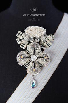 Diamond Earrings, Brooch, Embroidery, Jewelry, Fashion, Moda, Needlepoint, Jewlery, Bijoux