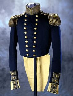 U.S. Dragoons officer's full dress coat of Stephen Watts Kearny. (1847) Missouri history Museum. collections.mohistory.org. #fashionhistory #military
