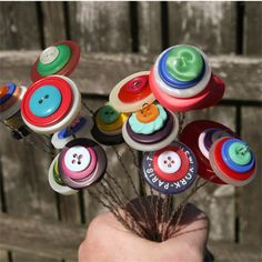 Button Flower Bouquet in diy  with Repurposed Recycled DIY Craft Button