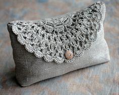 Linen purse bolsito de tela y crochet