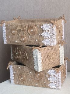 19 Handicrafts and handicrafts with burlap - I do it myself Jute creates ideas for Christmas!Jute creates ideas for Christmas! by Vinita ❤️❤️ - Musely(no title) 19 Handicrafts and handicrafts with burlap - I do Burlap Crafts, Diy Home Crafts, Decor Crafts, Crafts To Make, Handmade Crafts, Home Decor, Decoration Shabby, Wedding Centerpieces Mason Jars, Cardboard Box Crafts