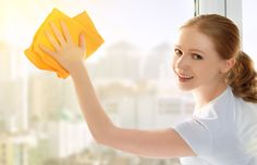 7 tips for the cleanest windows on the block Window Cleaning Recipes, Cleaning Hacks, Cleaning Wipes, The Block, House Cleaning Services, Carpet Cleaning Company, How Do You Clean, How To Clean Carpet, Natural Window Cleaners