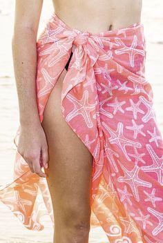 sarong * sarong wrap * sarong skirt * sarong dress * sarong tying * sarong wrap beach cover * sarong outfit * beach sarong * beach sarong outfit * beach sarong swimsuit cover * beach sarong skirt * beach sarong diy * beach sarong wrap * beach pareo * beach pareo summer * beach pareo dress * beach pareo skirt * beach pareo outfit * beach pareo swimwear * cotton sarong * summer outfit * beach outfit * tropical sarong * tropical sarong skirt * sarong wrap tropical * tropical print sarong Outfit Beach, Dress Beach, Beach Dresses, Sarong Skirt, Sarong Wrap, Sarong Tying, Swimsuit Cover, Summer Beach, Printed Cotton