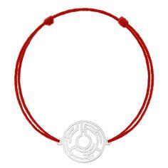 Povestea labirintului aztec este transpusă într-o brățară din aur alb 14K pe șnur, de care să te bucuri tot timpul. Descoperă brățara THE MAZE la IONA! #iona #ionajewelry #makegoldcoolagain #finejewelry #goldbracelets #madeinro #bijuteriiaur #bratariraur #fabricatinromania #aztec #symbols #makegoldcoolagain #charms #charmbracelets #maze Aur, Aztec, Model, Models, Template, Modeling, Mockup