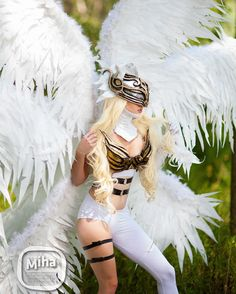 """268 Synes godt om, 8 kommentarer – Andrea Dolores Milanovic (@miss_andrea_dolores) på Instagram: """"Cosplay of Angewomon from Digimonsters Photo by: @mihazero  #digimon #angelwings #white #cosplay…"""""""