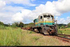 RailPictures.Net Foto: EFVM 746 EFVM - Estrada de Ferro Vitória a Minas GE BB36-7 no Fundão (ES), Brasil, por Junio Gracielo
