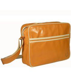 Nos encanta este bolso Fred Perry