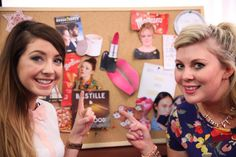 Zoe and Louise get creative in this video by showing you all the things they currently love in style! Thumbs up if you liked this video and leave us your . British Youtubers, Best Youtubers, Zoella Beauty, Sprinkle Of Glitter, Zoe Sugg, You Are My Favorite, Sprinkles, 3d, Makeup