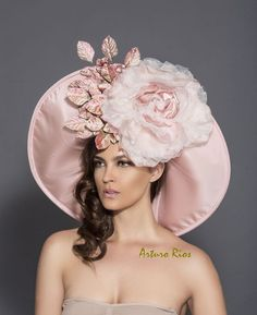 Items similar to Blackand White Polkadot Cocktail Hat, Fascinator, Derby hat, Melbourne cup hat, Couture headpiece on Etsy Blush Rosa, Rosa Rose, Blush Pink, Rose Mauve, Dusty Pink, Chapeaux Pour Kentucky Derby, Kentucky Derby Hats, Rose Vintage, Cocktail Hat