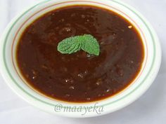 Maayeka: Khajoor aur Imli ki chutney (Sweet Chutney,methi chutney))