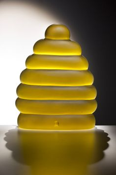 Beehive art glass cast by Dante Marioni. Wonderful