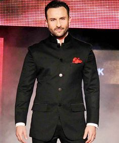Saif Ali Khan is back as a lover boy!