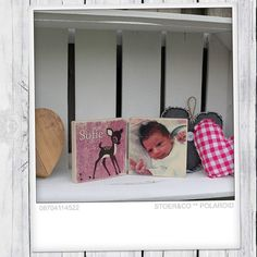 Foto op hout -Stoer & Co, tweeluik met de voorkant van het geboortekaartje en een foto van je kindje. Altijd leuk om te hebben.