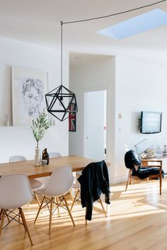 Dani and Dave's Scandinavian Minimalist Home — House Tour | Apartment Therapy