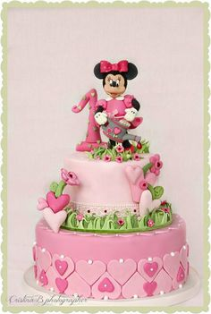 Minny mouse B-Day cake - by LaBelleAurore @ CakesDecor.com - cake decorating website