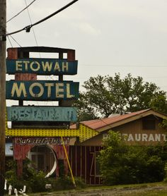 Etowah Motel, Etowah, TN.   I truly love this little town!