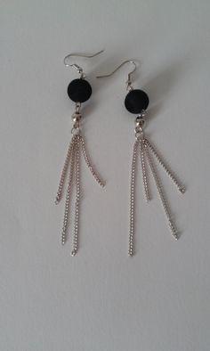 Boucles d'oreilles perle noire et argentée, chaînettes @ boutique-sylvie-creative.alittlemarket.com : Boucles d'oreille par boutique-sylvie-creative