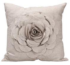 Sierkussen Rose: voor een romantische aankleding van je bank