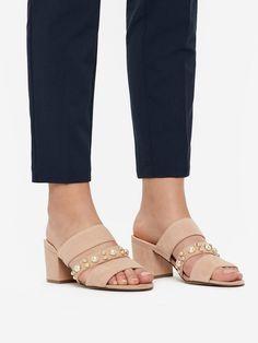 Die 29 besten Bilder von Römersandalen   Flat sandals, Flat Shoes ... 2655829afc