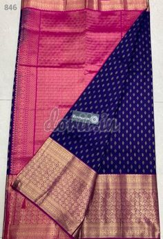 Presenting Pure Handloom Gadwal Silk Sarees with Kaanjeevaram Borders Rich Contrast Pallu. Plain Contrats Blouse with Border. Note:dry clean only Cotton Saree Blouse, Blue Silk Saree, Wedding Silk Saree, Organza Saree, Pure Silk Sarees, Gadwal Sarees Silk, Kanjivaram Sarees Silk, Wedding Saree Blouse Designs, Pattu Saree Blouse Designs
