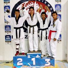 """Universidad Interamericana """"Ser Buen Deportista es Ser Gente Inter"""" Equipo de Taekwondo."""