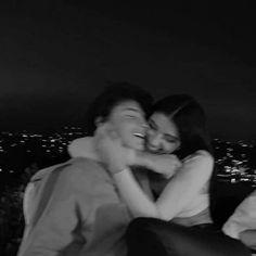 Cute Couples Photos, Cute Couple Pictures, Cute Couples Goals, Cute Teen Couples, Couple Pics, Romantic Couples, Couple Goals Relationships, Relationship Goals Pictures, Couple Relationship